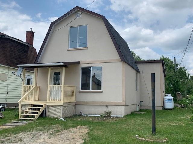 88 Elm Street, Chapleau, Ontario  P0M 1K0 - Photo 1 - RP4405034618