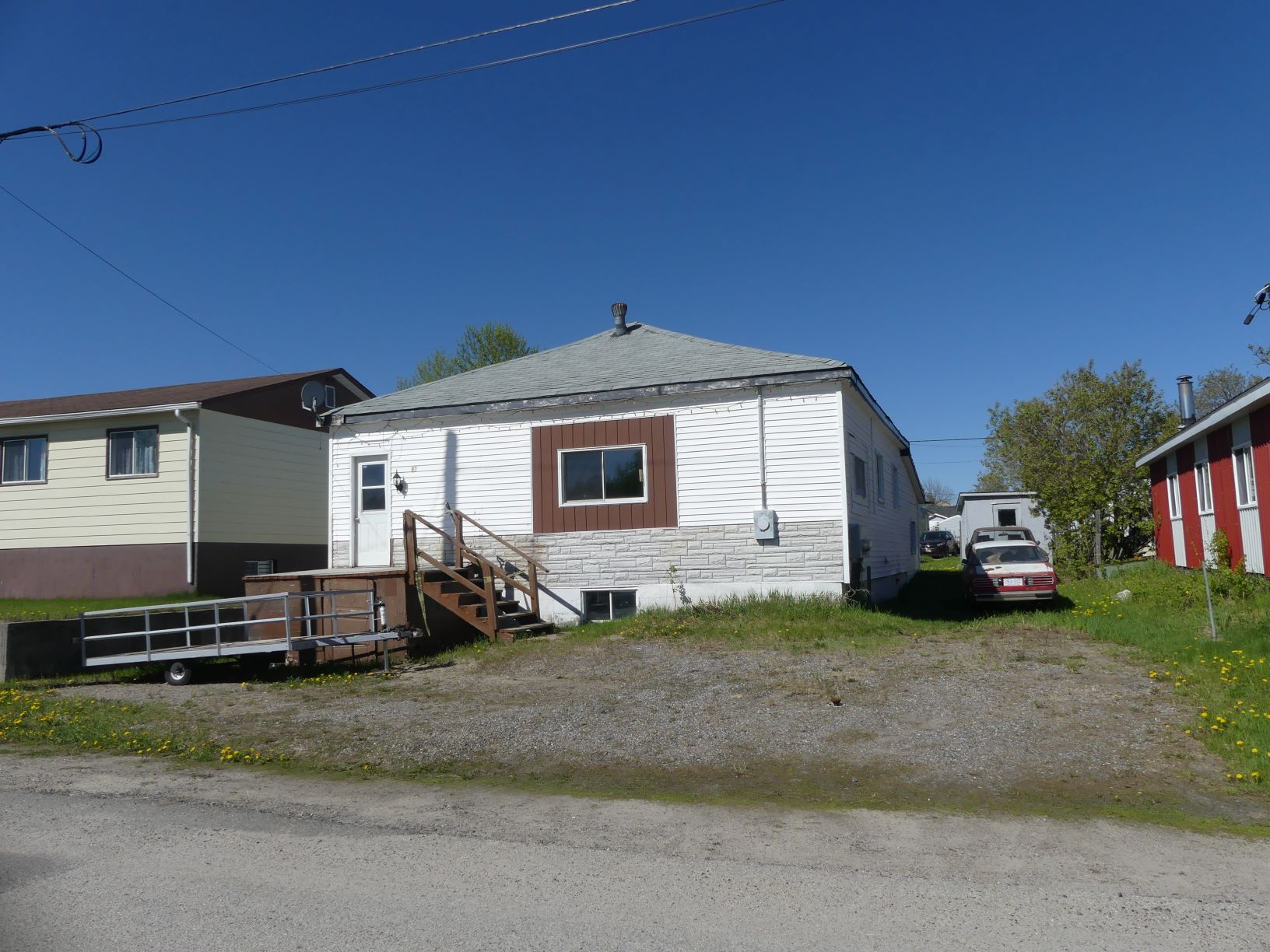 <h3>SOLD</h3><p>97 Aberdeen Street South, Chapleau, Ontario</p>