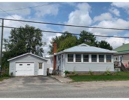 56 Pine Street East, Chapleau, Ontario