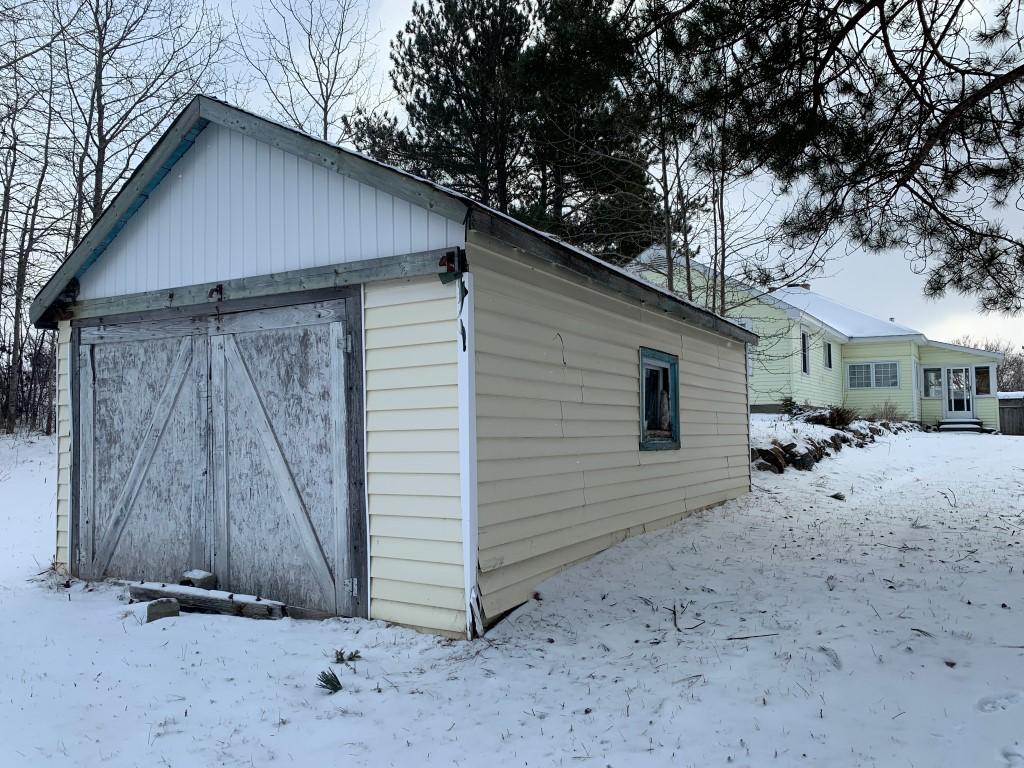 35-37 Queen Street South, Chapleau, Ontario  P0M 1K0 - Photo 2 - RP2440808379